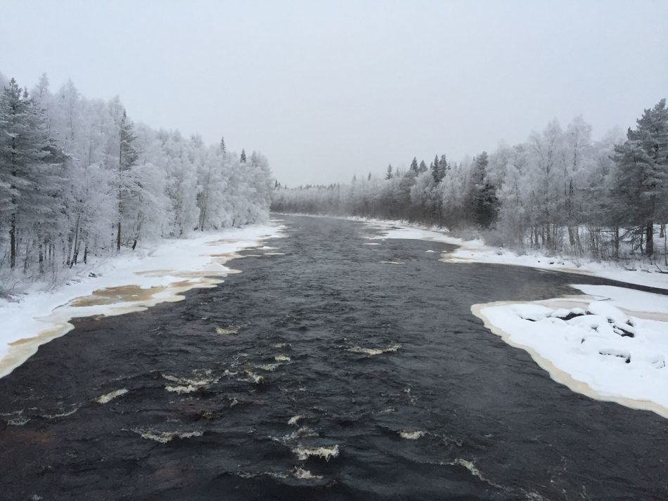 Vikäköngäs - Winter River