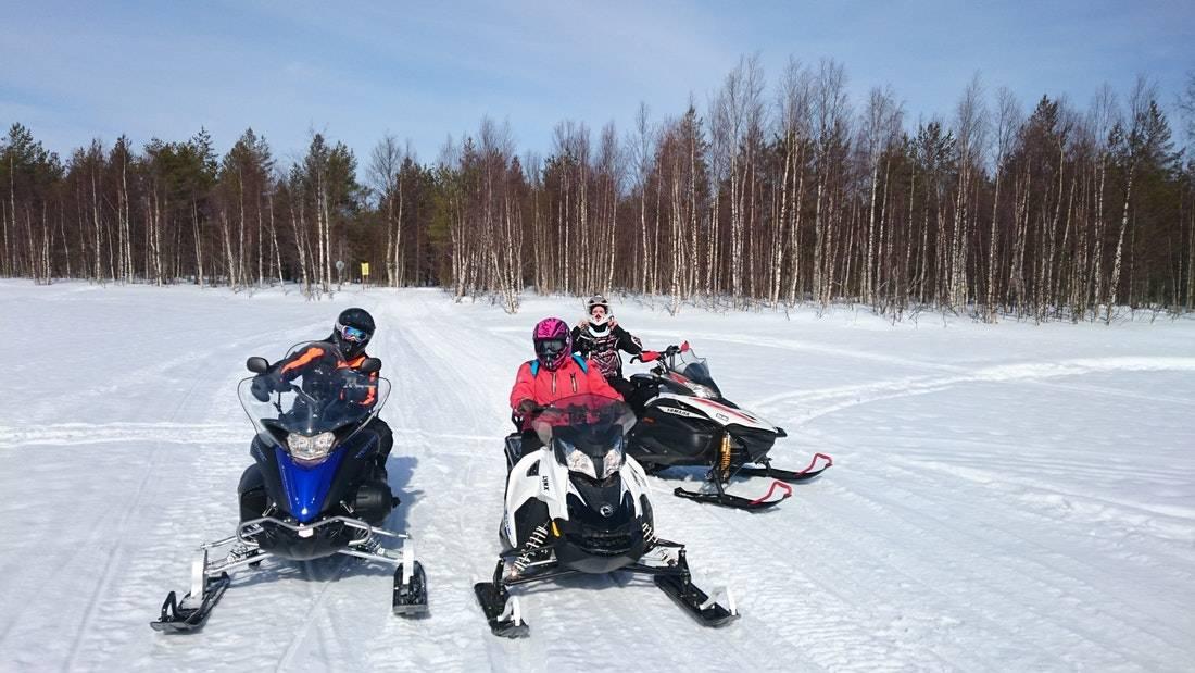 Snowmobile Tour Rovaniemi 2h