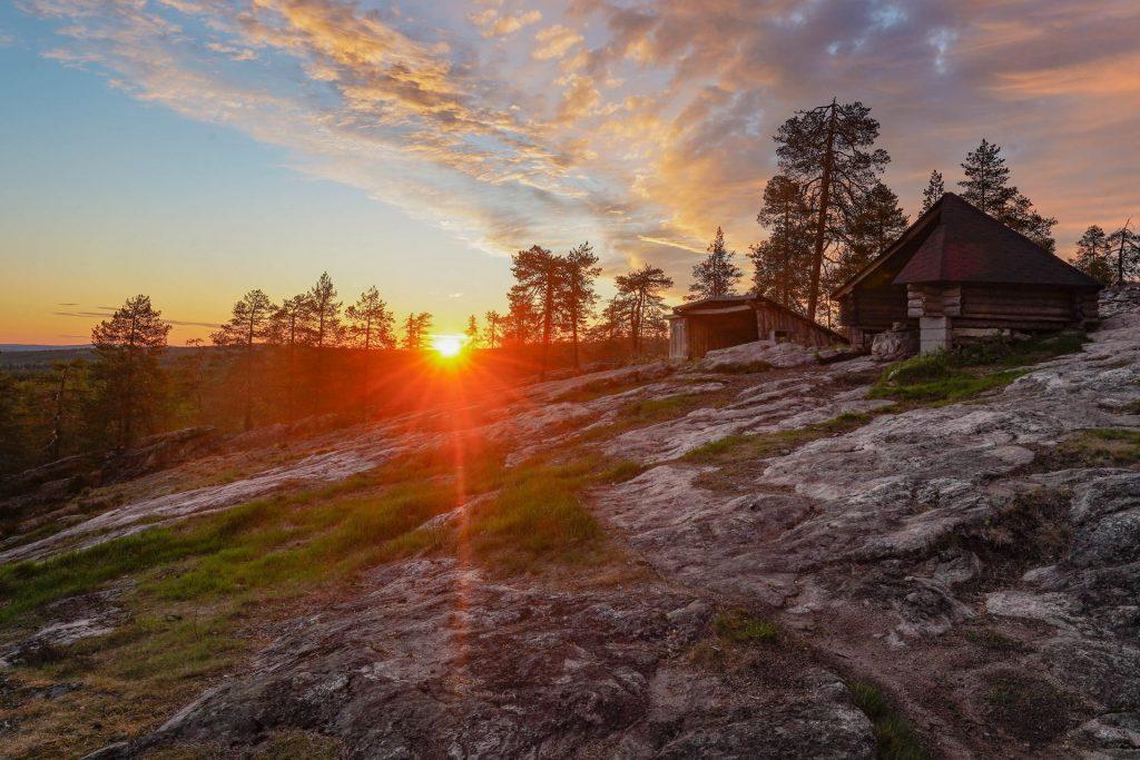 Wild About Lapland - Midnight Sun (2)